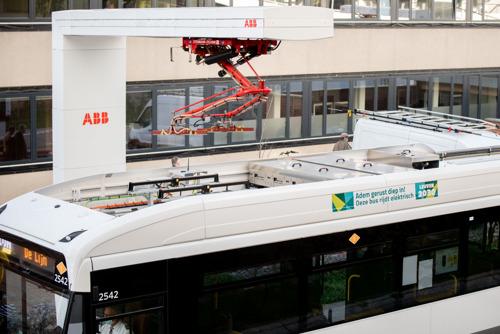 Maidentrip voor eerste, elektrische bus in Leuven