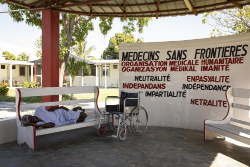 MSF: EN HAÏTI, DES STRUCTURES DE SANTÉ AU BORD DE L'EFFONDREMENT