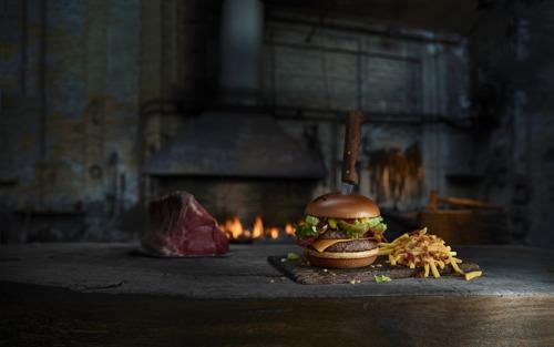 Un sacré caractère débarque dans la gamme Maestro de McDonald's : le Brutal Brutus !