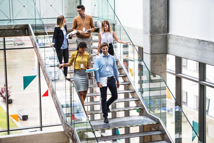 Jongeren vinden flexibiliteit en boeiend/uitdagend werk belangrijker dan het basisloon