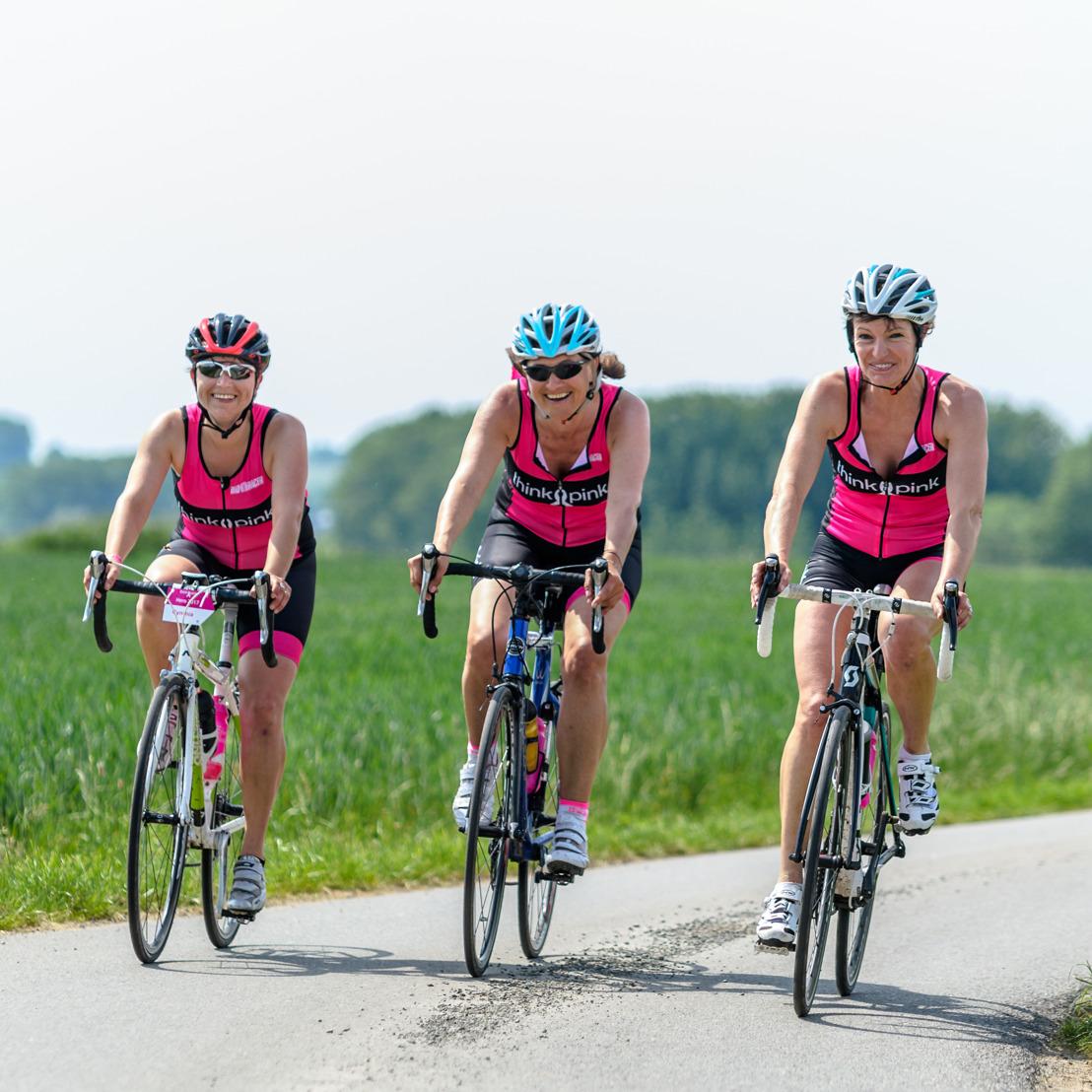 Think-Pink fietst tegen borstkanker met steun van Marianne Vos