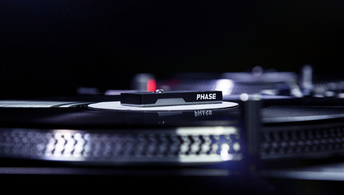 Phase remote - close-up