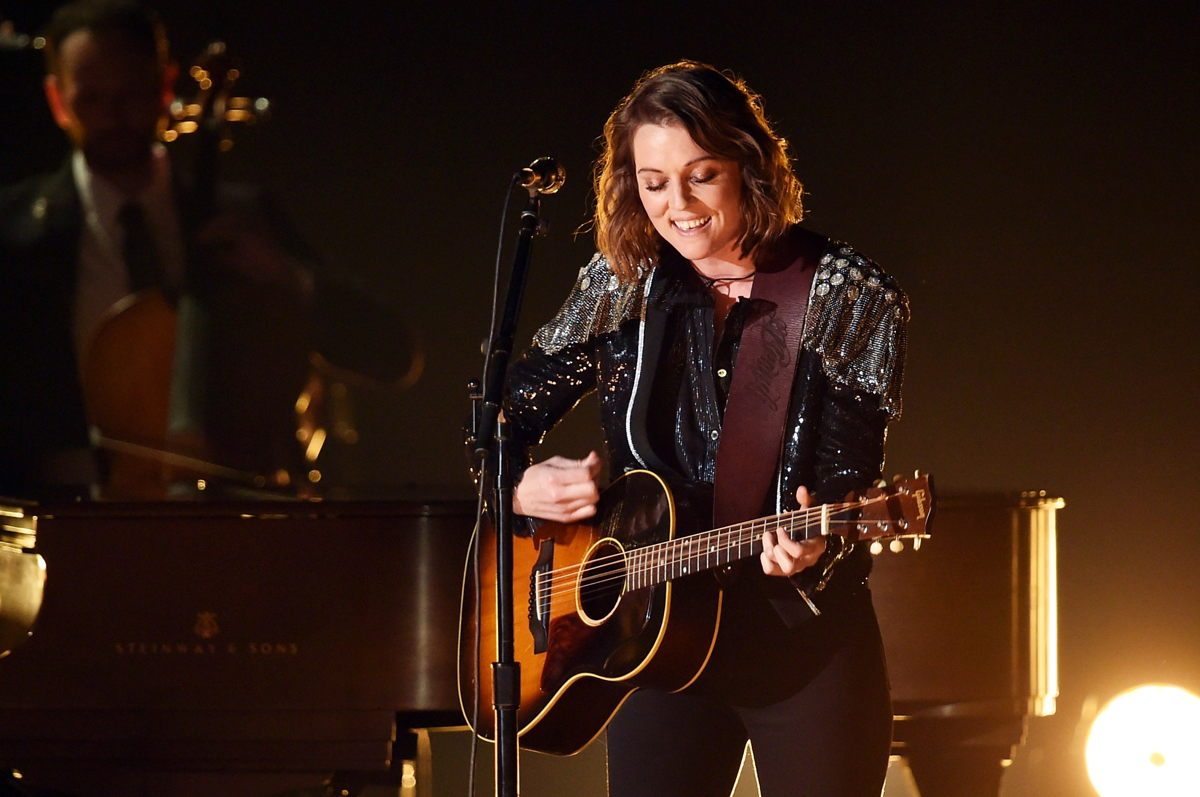 Brandi Carlile performing with her custom Neumann KMS 105 at the 61st Grammy Awards