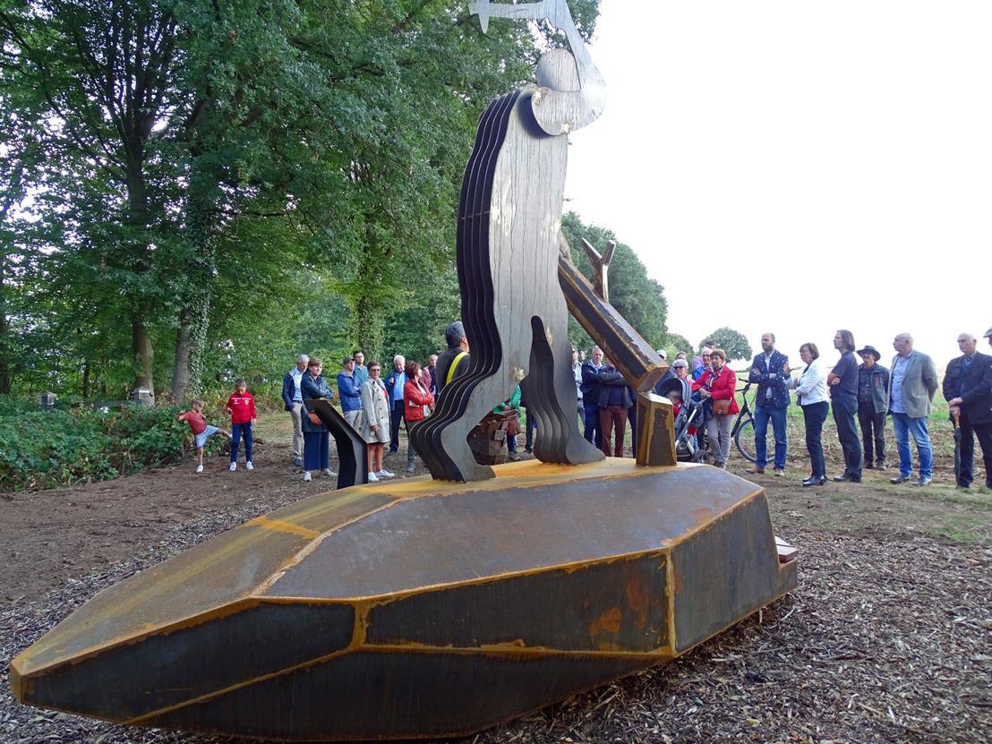 Nieuw kunstwerk op Hermansheuvel in Assent