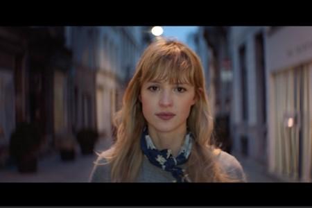 Thalys collabore avec Angèle pour célébrer Bruxelles et ses habitants