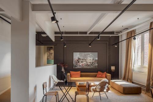 Nieuwe co-working space in Gent: werken tussen de kunst in oude snoepfabriek