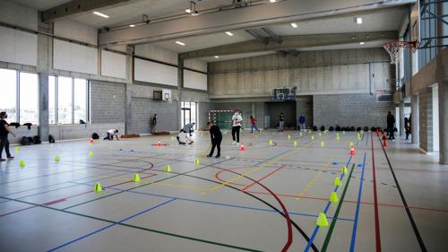 La Commission communautaire flamande met l'accent sur l'utilisation partagée des infrastructures sportives scolaires