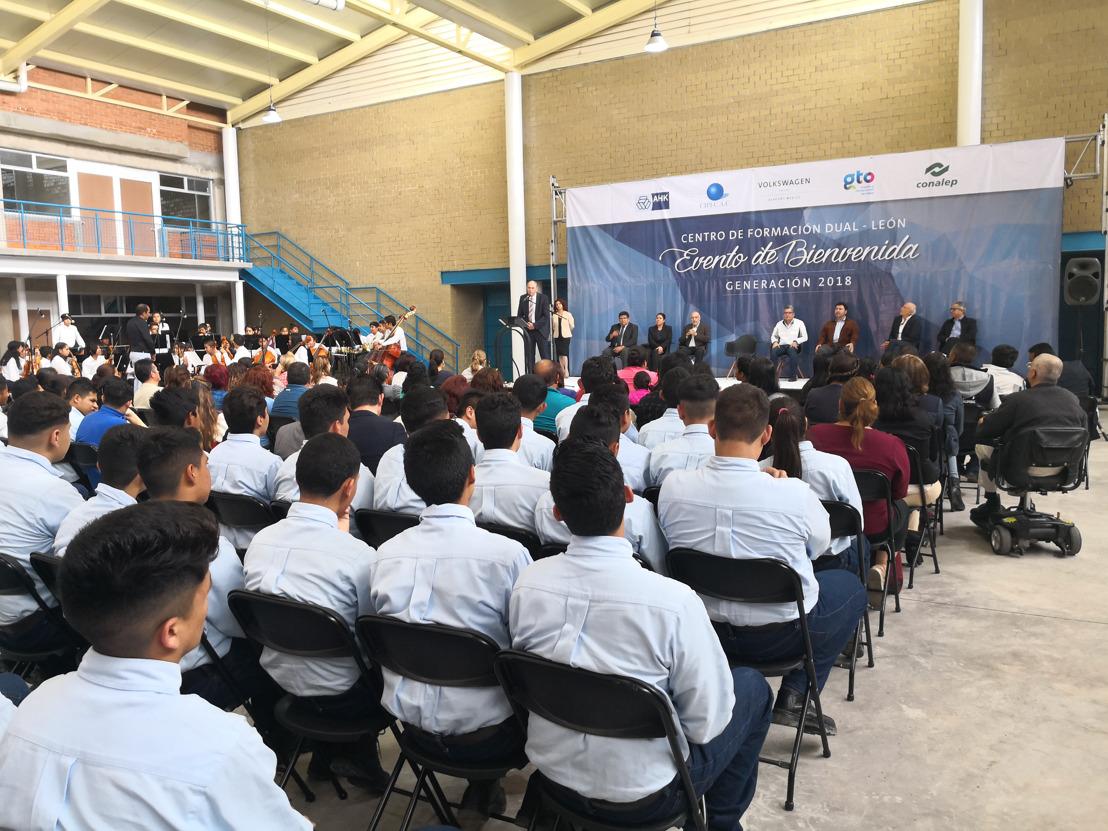 Volkswagen Group Academy México reafirma su compromiso con la alta especialización, a través de la Formación Dual en el Bajío