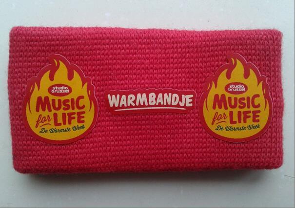 Bekijk hier het warmbandje.