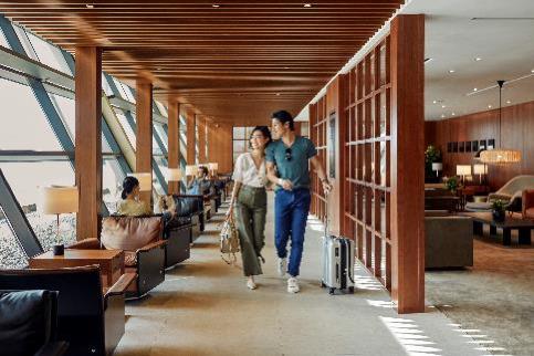 Una rinnovata esperienza spicca il volo da Shanghai: riapre la lounge di Cathay Pacific all'aeroporto di Shanghai Pudong