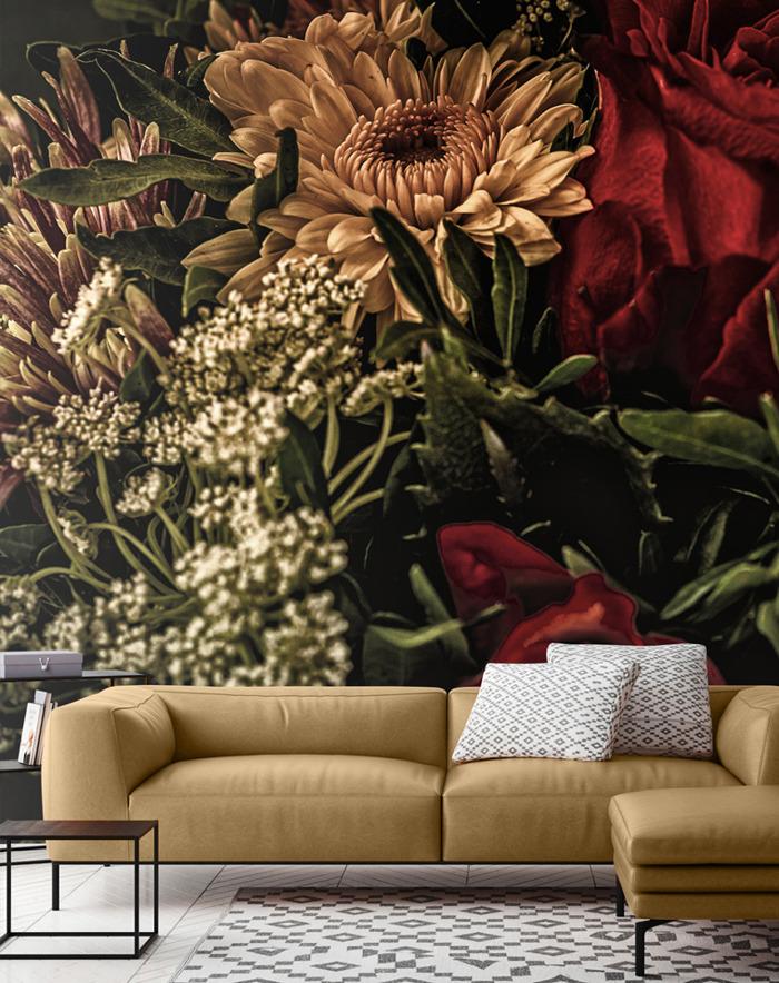 Dark Floral Murals bringen Blumentapeten zurück in den Trend