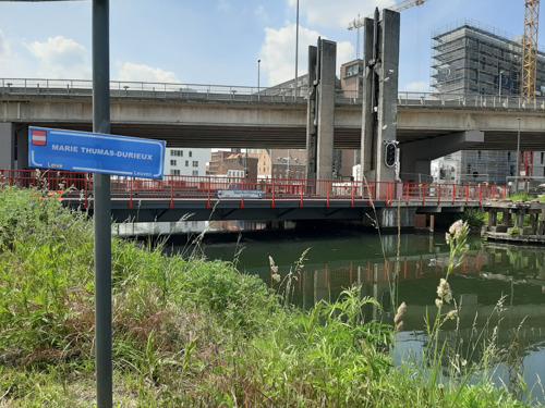 Wordt de Vaartkombrug binnenkort de Marie Thumas-Durieux-brug?