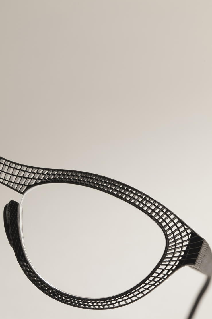 Hoet Couture, 3D laser printed eyewear. Design: Hoet Optiek. Photo: Hilde Vandaele / Trendsform.