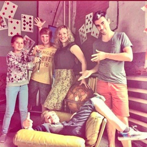Trix: Lien, Luca, Louise (Katrijn Van Bouwel), Leonard en Steven - (c) Bonka Circus