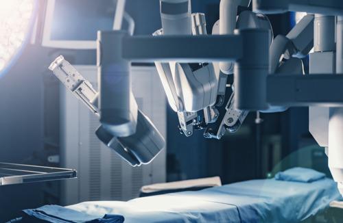 Robotgeassisteerde borstreconstructie met eigen buikweefsel is Europese primeur