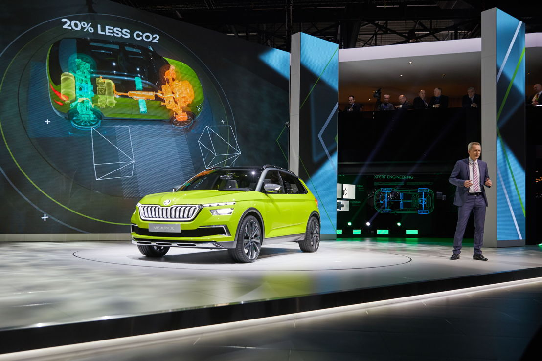 Christian Strube, ŠKODA AUTO Board Member for Technical Development, presents the ŠKODA VISION X study at the Geneva Motor Show on 6 March 2018.