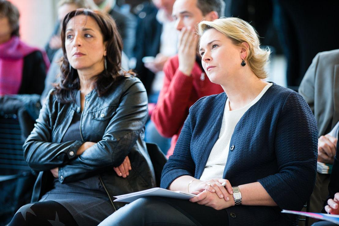 La secrétaire d'état à l'Innovation Fadila Laanan et la ministre de l'Environnement Céline Fremault