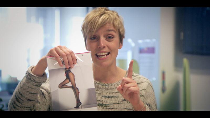 Britt Van Marsenille vergelijkt de prijs en de kwaliteit van panty's - Voor hetzelfde geld (c) VRT