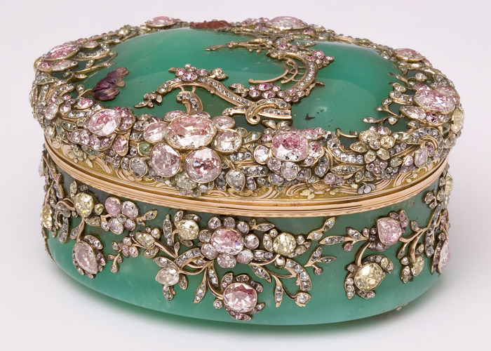 In 2021 a hundred objets d'art from the Victoria and Albert Museum in London will arrive at the DIVA museum in Antwerp
