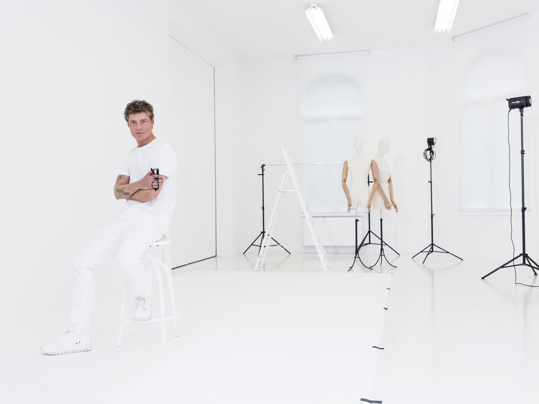 Bruno Pieters décortique le réseau de la mode anversoise avec l'exposition (Behind) the Clothes