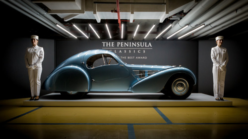 1936 BUGATTI TYPE 57SC COUPÉ ATLANTIC GANA LA TERCERA EDICIÓN ANUAL DE 'THE PENINSULA CLASSICS BEST OF THE BEST AWARD'
