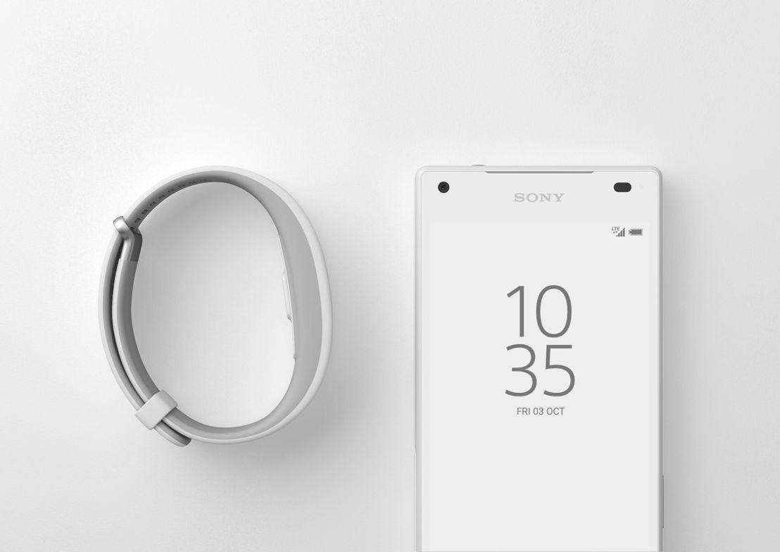Z5 Compact White & SmartBand 2