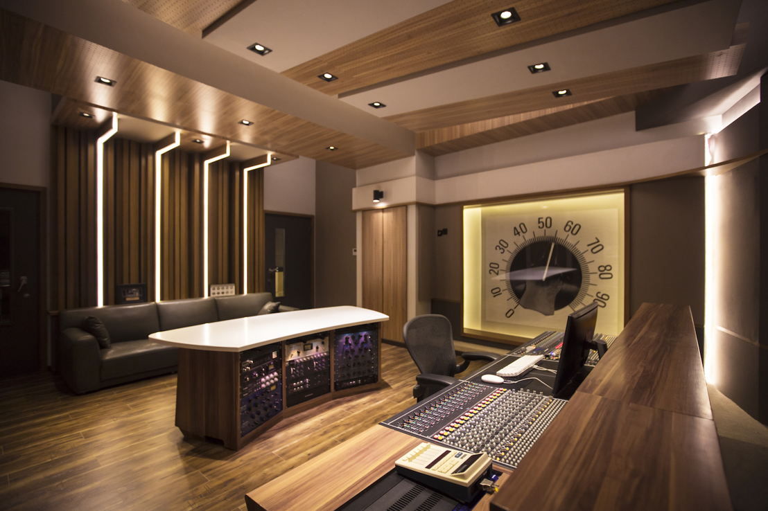 Beijing's 55TEC Control Room A designed by WSDG