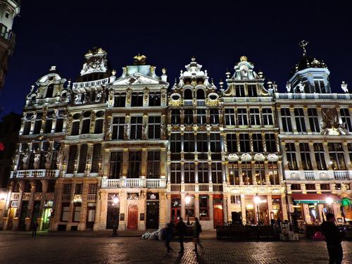 Bruxelles et Sibelga concluent un accord pour un éclairage d'ambiance à Bruxelles