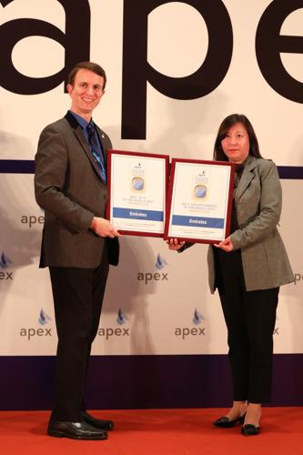 Emirates wins three Passenger Choice Awards at APEX Asia