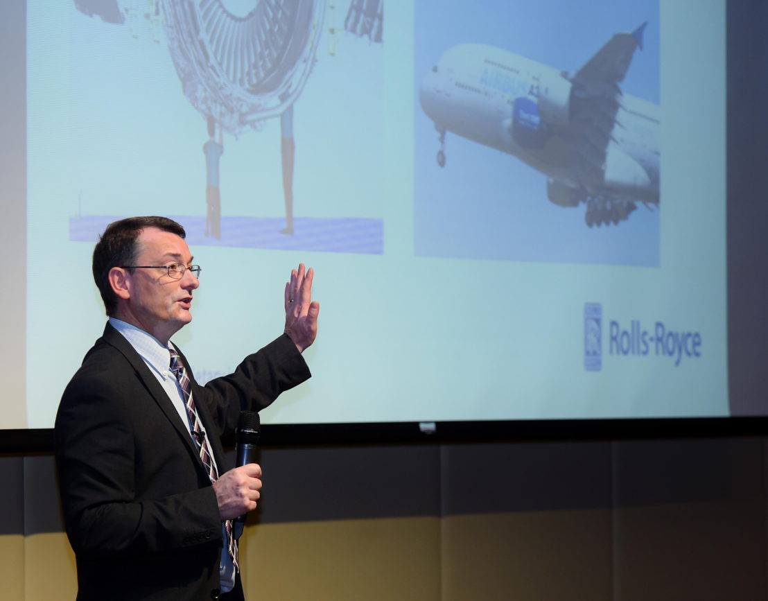 Andrew Harrison, Chief Life Cycle Engineer, Rolls-Royce interacting with Emirates employees