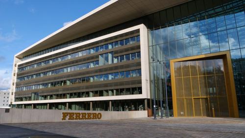Nouveau siège social Ferrero : un exemple pratique d'un immeuble commercial moderne