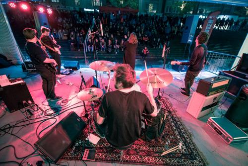Jonge Leuvense bands en makers veroveren Rector De Somerplein
