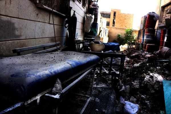 Les décombres de l'hôpital M10 à Alep après le bombardement du 28 septembre 2016 MSF/Ghaith Yaqout Al-Murjan