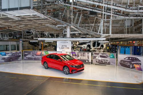 Volkswagen produce 6 millones de unidades del modelo Jetta