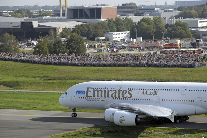 Preview: Emirates announces start of scheduled A380 service into Hamburg
