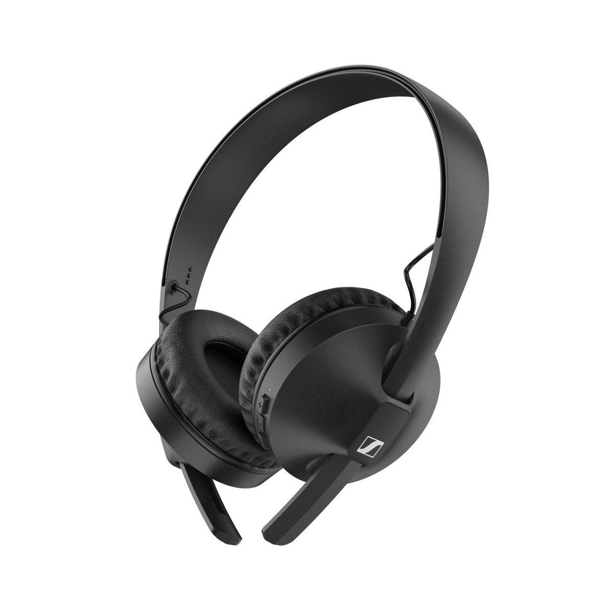 Der neue HD 250BT von Sennheiser bietet ein mitreißendes Klangerlebnis und ist mit dynamischen Bässen, modernster Bluetooth-Konnektivität und einem robusten Design ausgestattet, das jedem Abenteuer des Lebens standhält.
