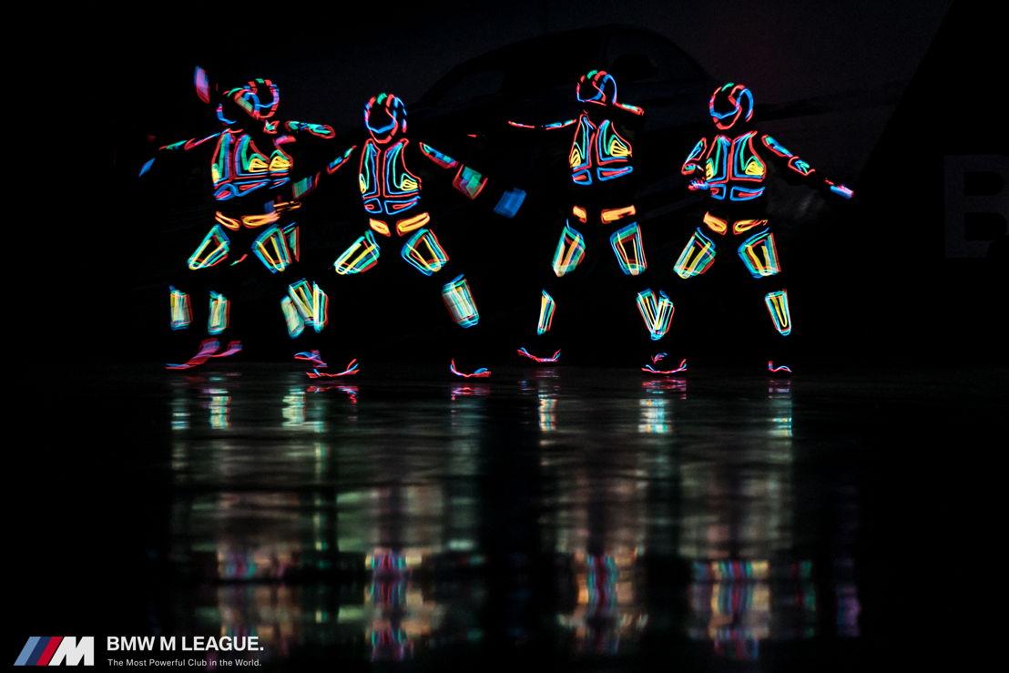 Optreden LED dancers