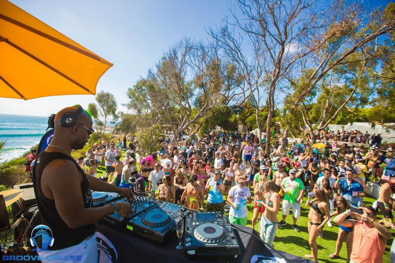 Green Velvet Beachfront Party @ Ensenada Part 1 credit: @veranmiky