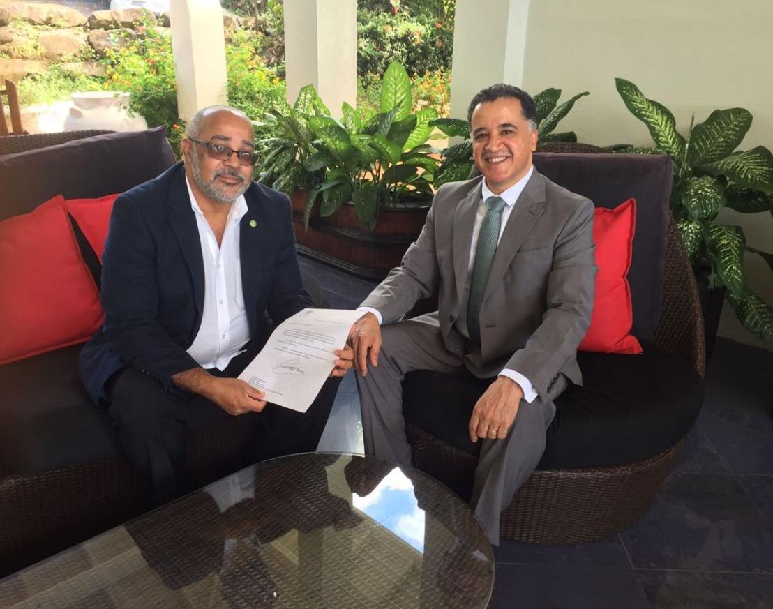 Mexican Ambassador presents credentials to Director General of the OECS