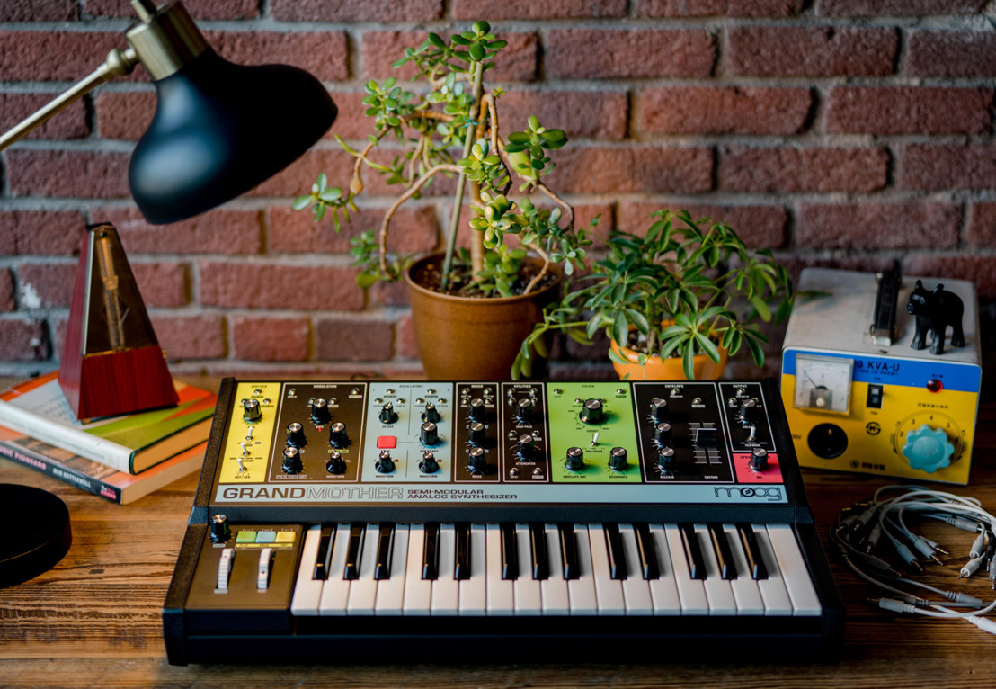 GRANDMOTHER: MOOG MUSIC DEBUTS NEW SYNTHESIZER AT MOOGFEST 2018