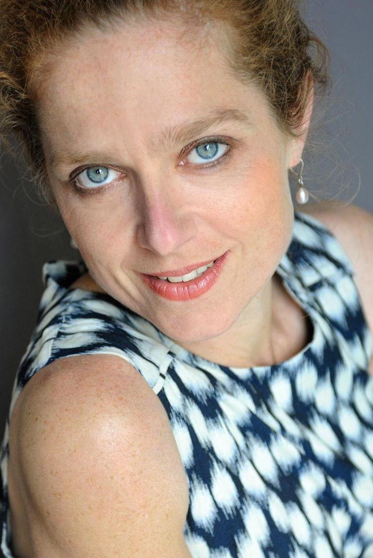 Rika Ponnet, relatiedeskundige