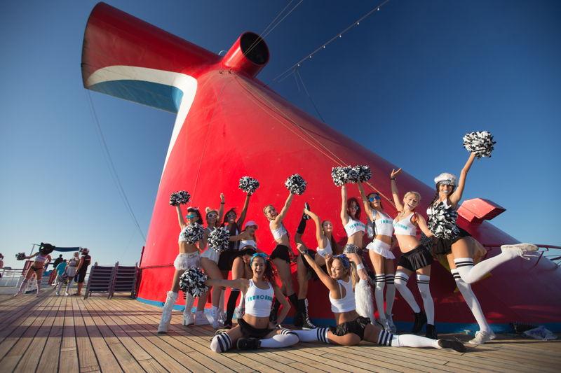 Cruisers rocking cheerleader costumes