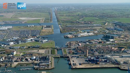 Vlaamse overheid laat haven(bedrijven) Zeebrugge in de steek: Visartsluis stevent af op compleet fiasco
