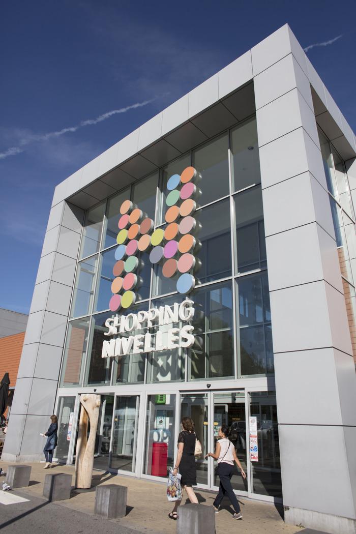 Redémarrage de l'horeca : 2000 m² d'espaces supplémentaires gratuits dans les centres commerciaux