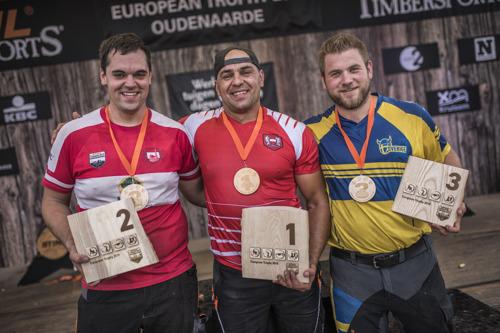 Michal Dubicki remporte le Trophée européen STIHL TIMBERSPORTS® de bûcheronnage