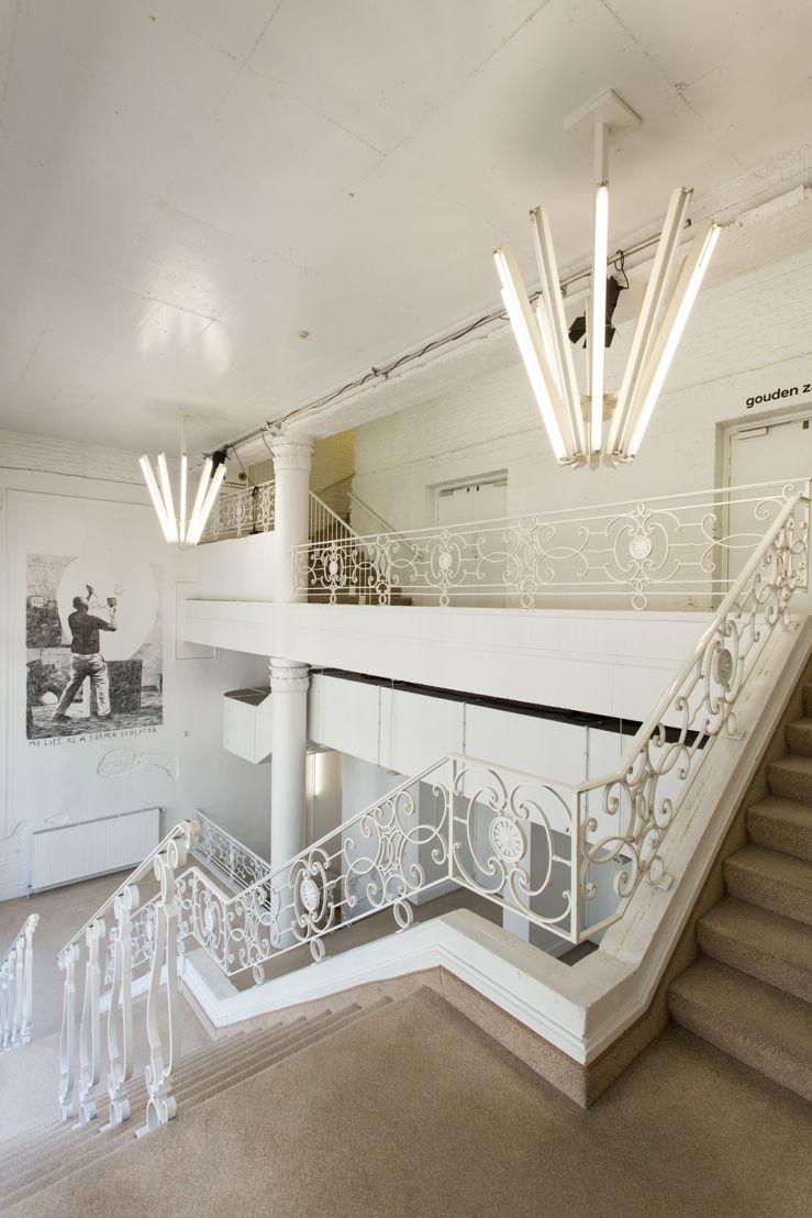 Beursschouwburg - Witte Foyer © Bram Tack