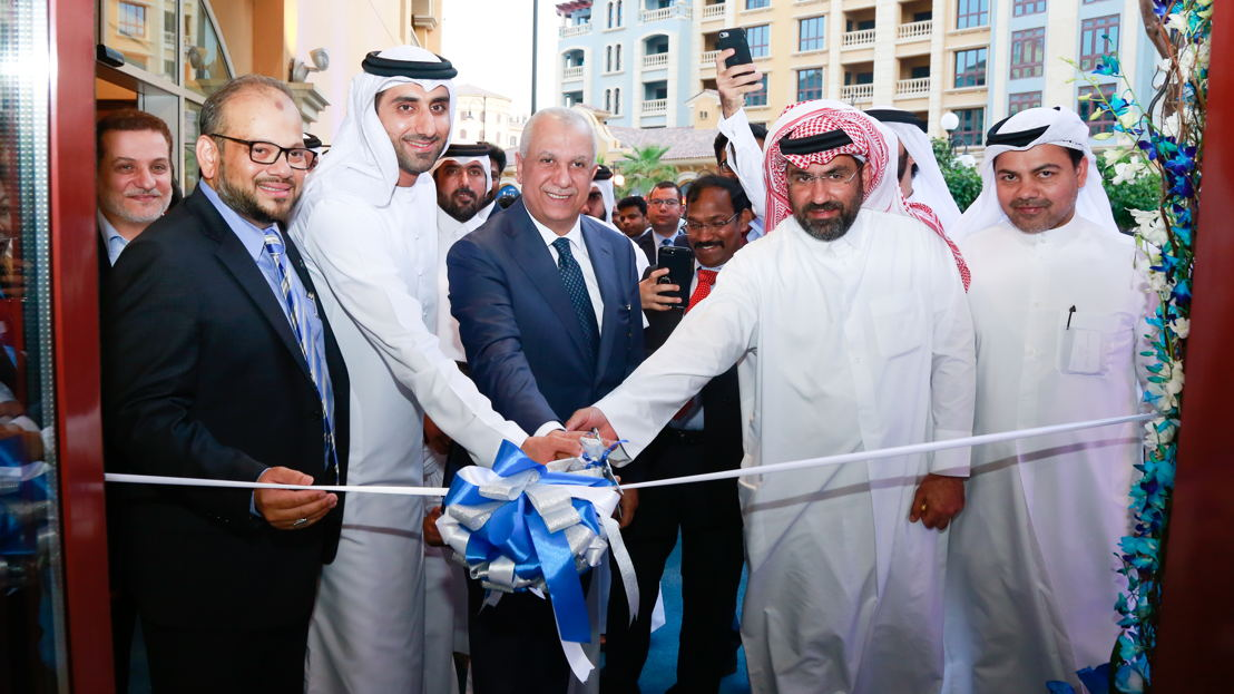(L-R) Wafiq Al Wahidi - General Manager, Amadeus<br/><br/>Rehan Ali Syed - Country Head dnata Qatar<br/><br/>Rashid Alawadhi - VP Regional Business<br/><br/>Mr Ehab Amin - A.CCO Qatar Airways<br/><br/>Mr Mohd. Abdulla Al Hashemi - Director Al Hashemi Holdings<br/><br/>Mr Ahmad Essa Al Hashemi - Executive Director Al Jazeera Perfumes.