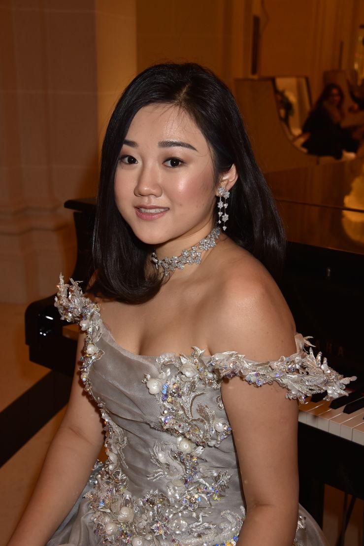 Donna Yuan in Guo Pei