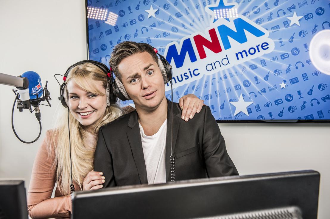 Kersverse MNM-dj Julie Van den Steen vanaf morgen in