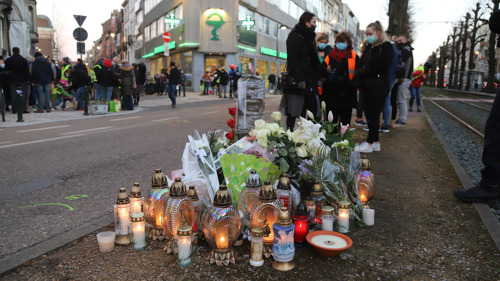 Preview: 150 buurtbewoners herdenken overleden fietsster op wake in Vorst